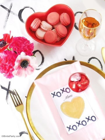 romantic-valentines-day-table-tablescape-dinner-gilfriends-party05